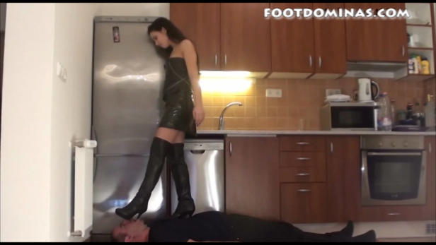 Mira – EXTREME Trampling in High Boots Part1