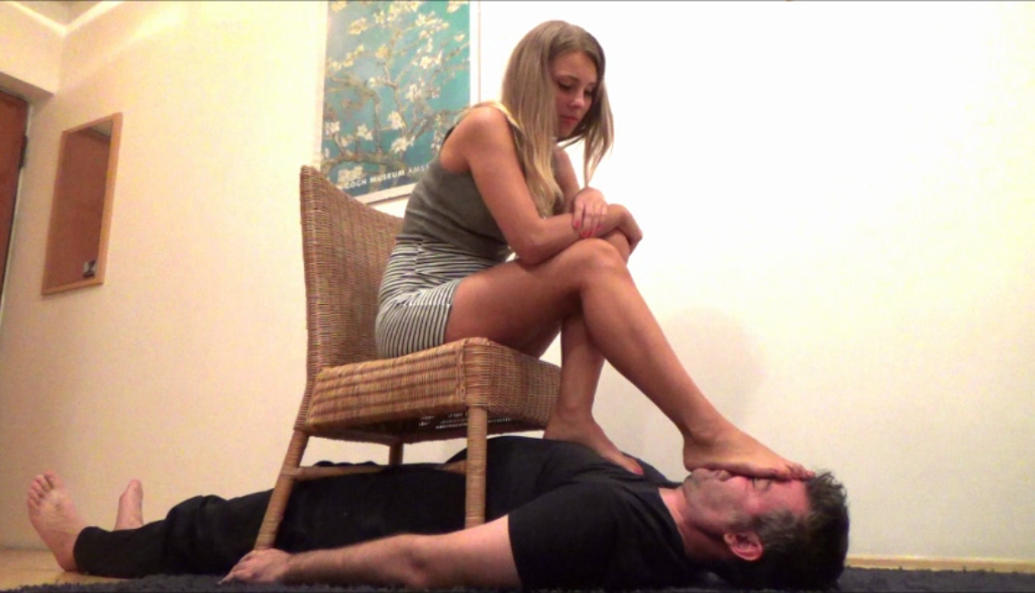 GABRIELLA – CRUEL Foot Worship And Footsmother