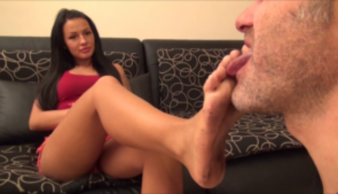 SIMONA – Hype – Dirty Feet Worship Until Clean PART1